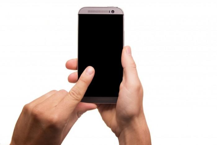 smartphone-431230_1280-1024x682